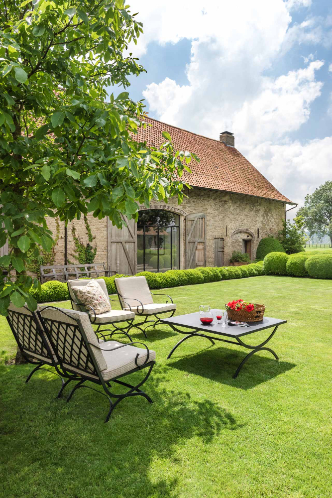 Garden beauty at The Little Monastery, a wonderful B&B near Bruges. Come enjoy photos and a tour of Belgian Design Style Inspiration from antiques dealers Alain and Brigitte Garnier.